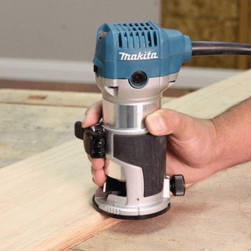 image showing the Makita RT0701C compact router