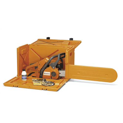 an image showing the Husqvarna 100000107 powerbox chainsaw carry case