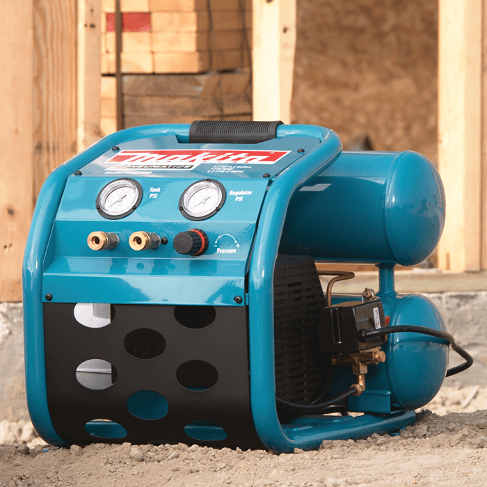 an image showing the oil-lubricated Makita MAC2400 air compressor