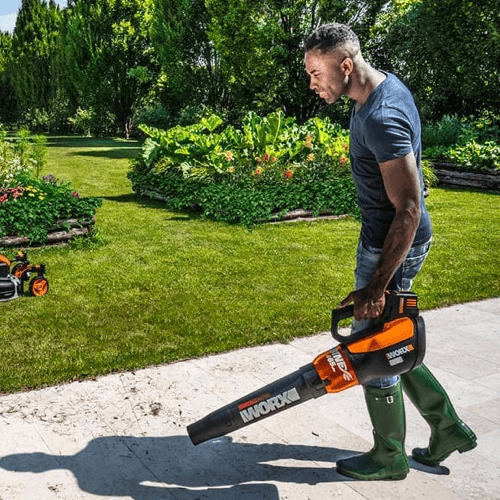 image of the worx wg591 leaf blower in use
